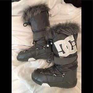 DC Women's Snow Boots | Size L [ 8-9.5 ]